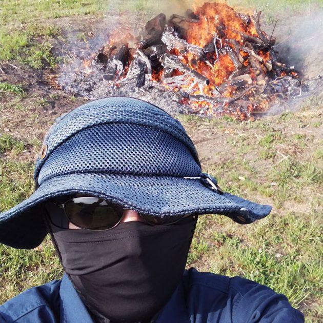 野焼き服装